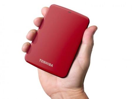 どこからでもアクセスOK。簡易NAS機能搭載の外付けHDD「Canvio Connect」東芝USAから来月発売