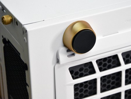 限定100台プレミアム。サイコム「Fractal Design Define R5-White/Gold Limited Edition」
