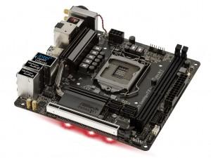 01_Fatal1ty_Z370_Gaming-ITXac_1024x768a