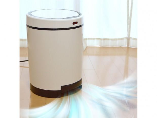 吸ったゴミをゴミ箱に入れる「ゴミを自動吸引する掃除機ゴミ箱『クリーナーボックス』」