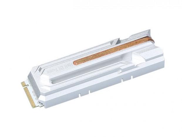 ヒートパイプ付き高性能ヒートシンク搭載のNVMe SSD、GALAXY「HOF PCIe M.2 2280」