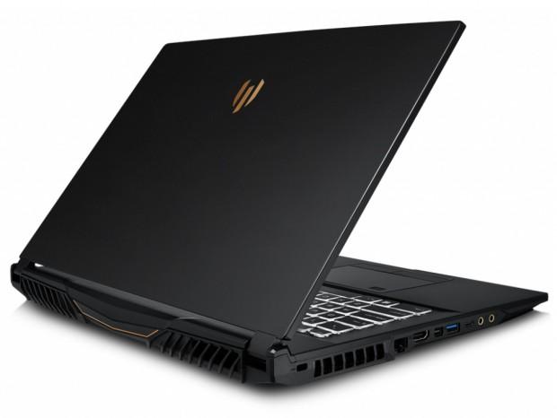 MSI、Core i7とQuadra RTX 3000搭載のワークステーションノートPC国内取り扱い開始