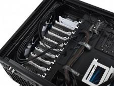 Fractal Design「Define R6 USB-C」の純正オプションでアップグレードを楽しむ