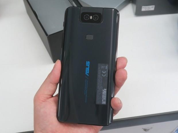 ZenFone6_akb_1024x768c