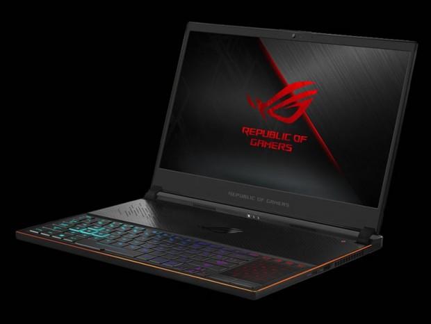 GeForce RTX 2080 Max-Q搭載超スリム15.6型ノート、ASUS「ROG ZEPHYRUS S」