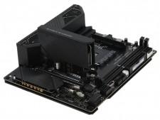小型PCの新たな選択肢。Mini-DTX対応Ryzenマザー、ASUS「ROG Crosshair VIII Impact」