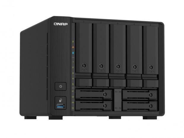 4ポートのマルチギガビットLANを搭載する小型9ベイNAS、QNAP「TS-932PX-4G」