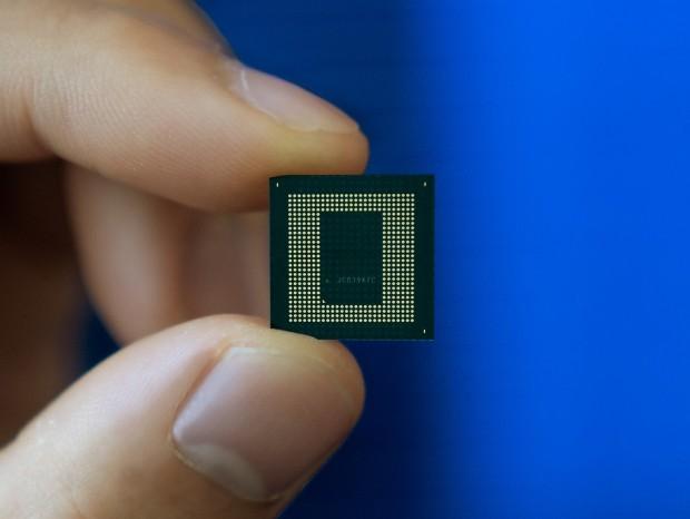 Qualcomm、最新フラッグシップSoC「Snapdragon 888」発表