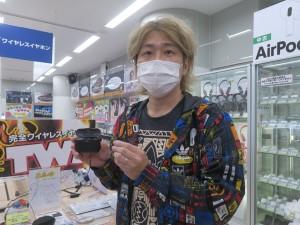 eearphone_akiba_1024x768_04
